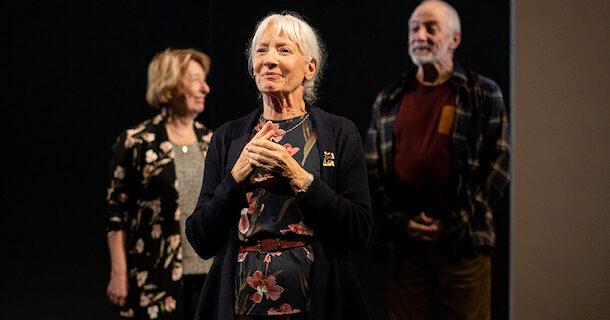«Tout inclus», une pièce documentaire sincère et pertinente au Théâtre Périscope