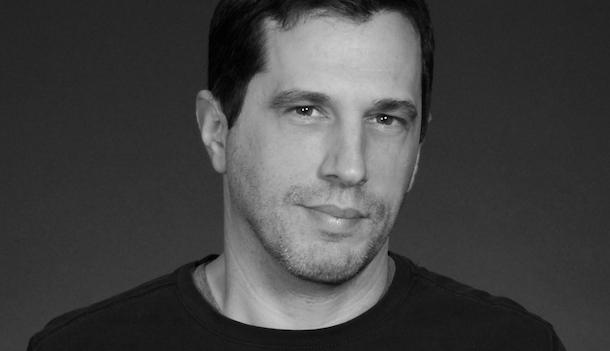 «L'entrevue éclair avec…» Antoine Boisclair, qui nous ramène à l'authentique lecture silencieuse de la poésie