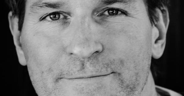 «L'entrevue éclair avec…» Jean-François Beauchemin, un auteur prolifique qui se laisse guider par l'inconscient